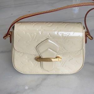Louis Vuitton Monogram Vernis Bellflower PM Bag
